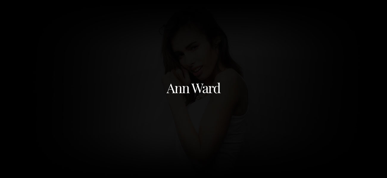 Ann Ward: The Girl with the small waist